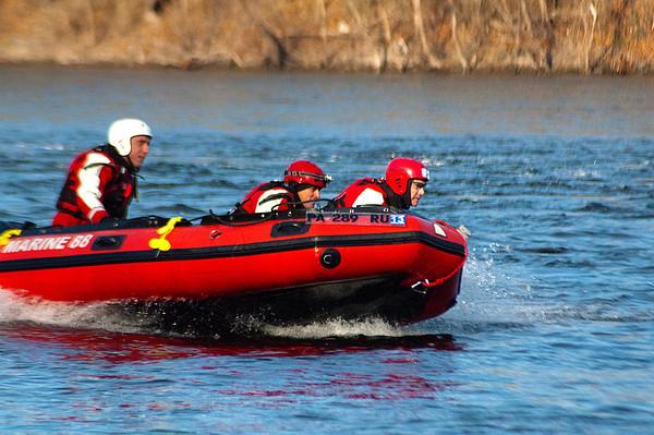 Boat Operations - Delaware River - 19 Nov 2011