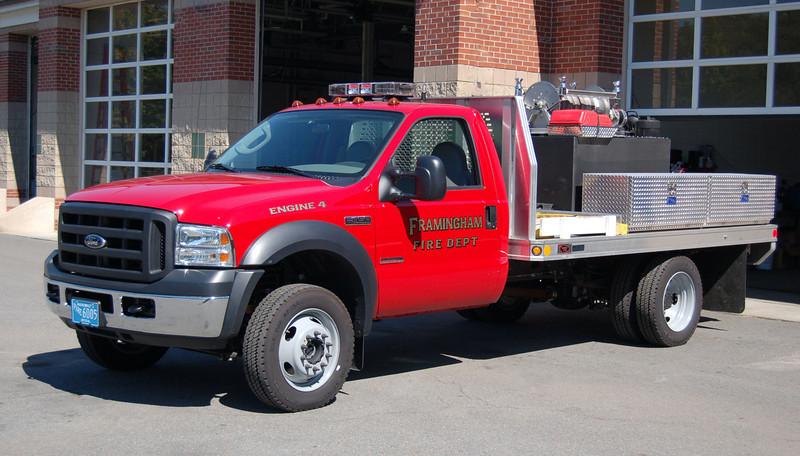 Engine 4 2006 Ford F-450 125/200