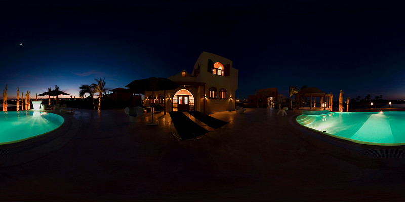 Villa night view2.jpg