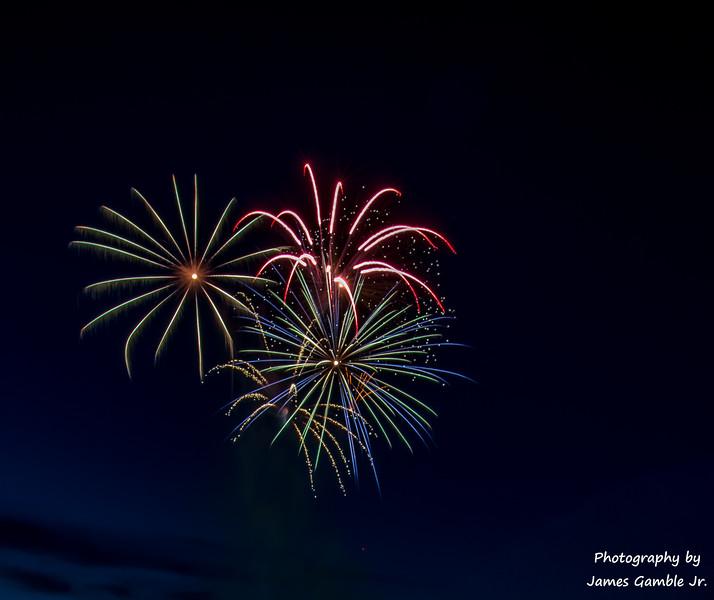 Fourth-of-July-Fireworks-2016-0294.jpg