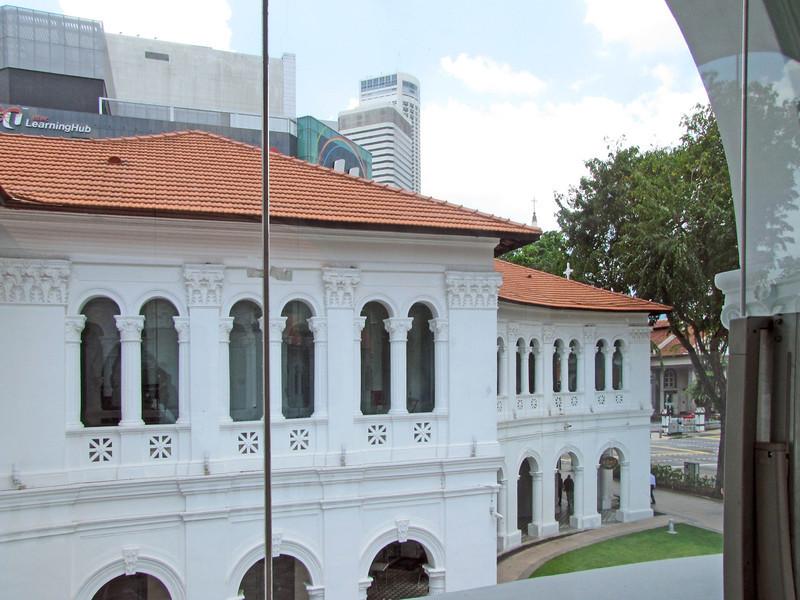 04-SAM Courtyard, Bras Basah road
