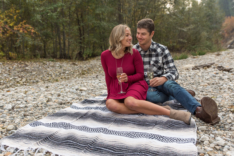 Coble.Howard.EngagementPhotos-32.jpg