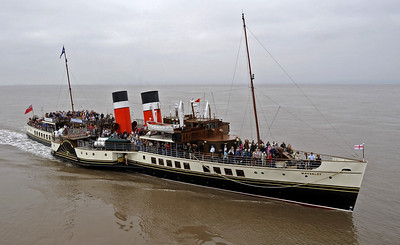 Waverley and other British paddle steamers