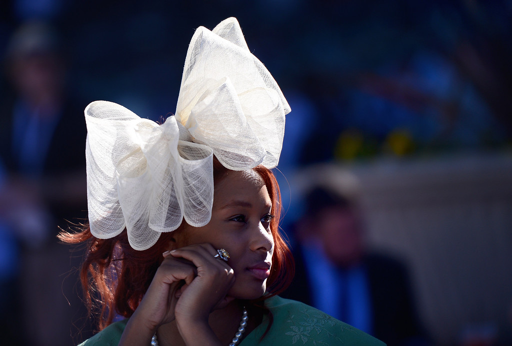 . Quela Renee, of Los Angeles, wears a hat she had shipped from the UK during the Breeders\' Cup at Santa Anita Park in Arcadia Friday, November 1, 2013. (Photo by Sarah Reingewirtz/Pasadena Star-News)
