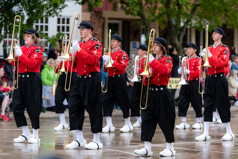 Dutchmen Marching