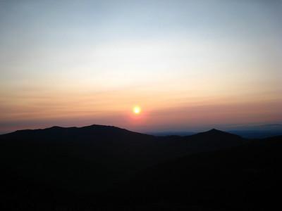The Bonds and Sunrise at Glen Boulder 082007