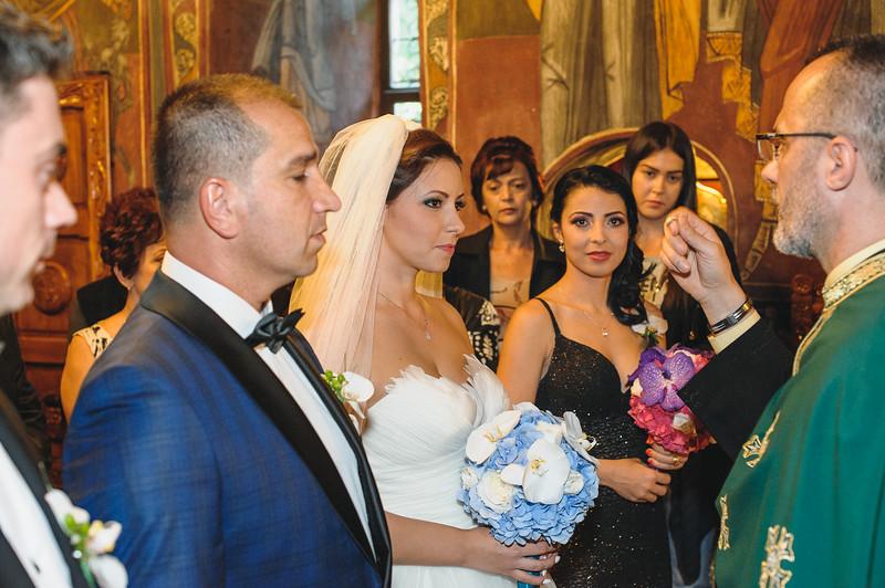 Andreea-biserica-18-October-2014-Nunta--LD2_7575Liviu-Dumitru.jpg