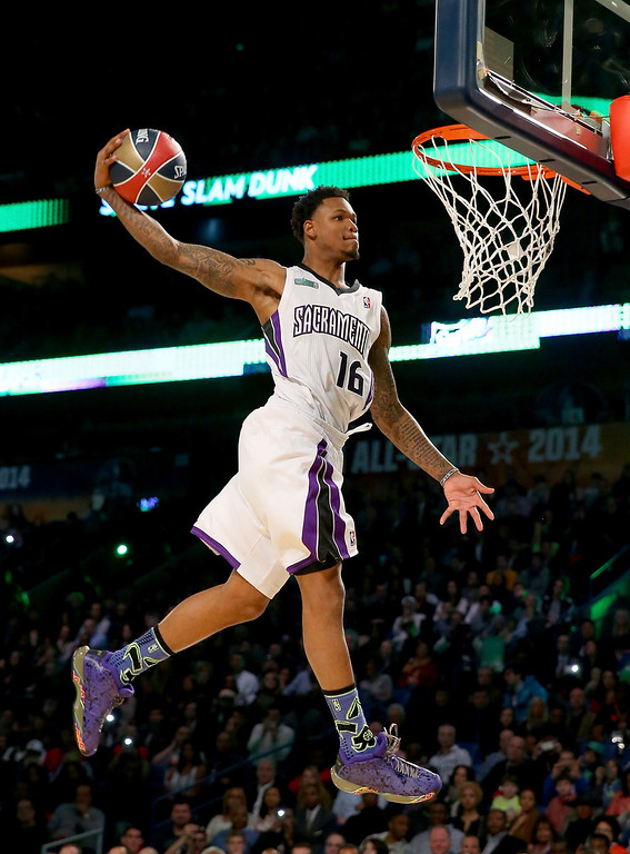 . NEW ORLEANS, LA - FEBRUARY 15:  Western Conference All-Star Ben McLemore #16 of the Sacramento Kings competes in the Sprite Slam Dunk Contest 2014 as part of the 2014 NBA All-Star Weekend at the Smoothie King Center on February 15, 2014 in New Orleans, Louisiana. (Photo by Ronald Martinez/Getty Images)