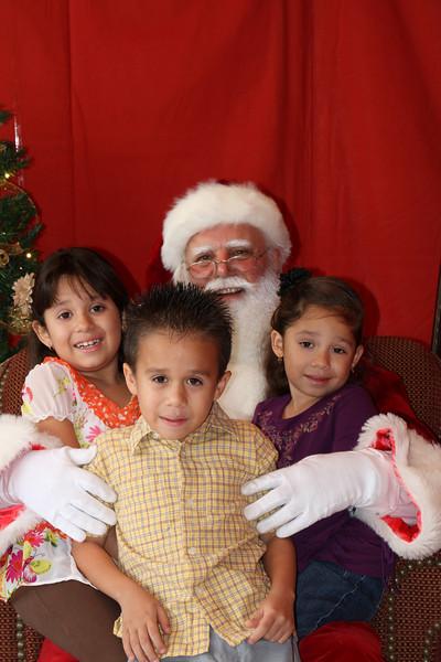 Santa Clause 27NOV2010-150.JPG