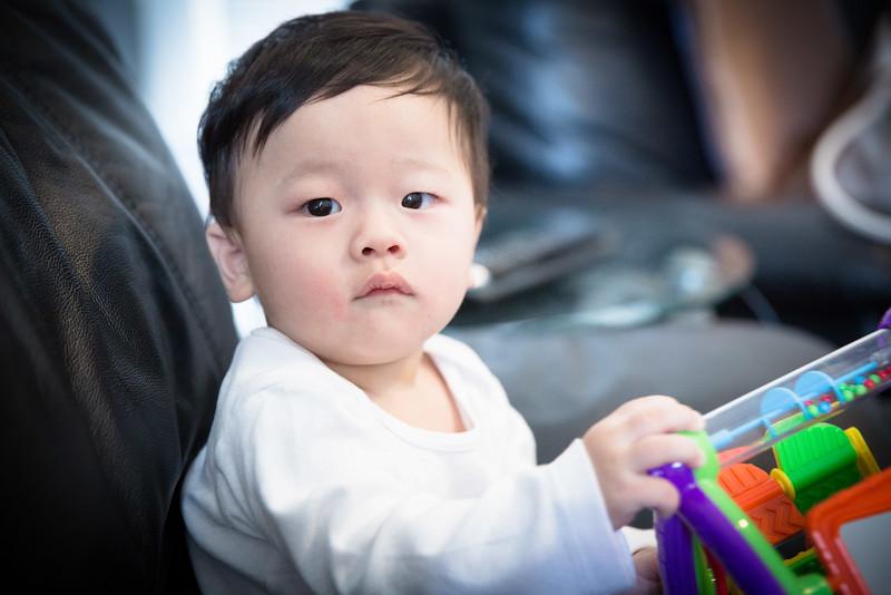 Seth 8 month-3463.jpg