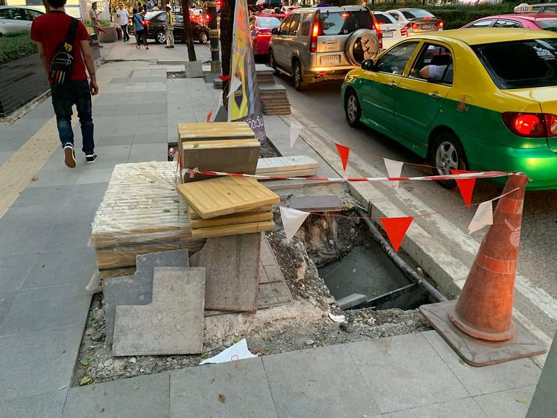 Bangkok sidewalk