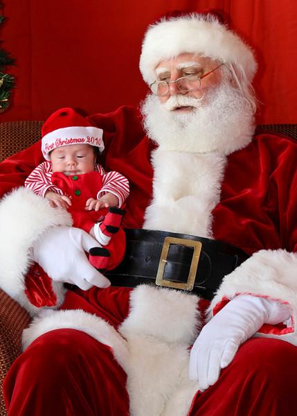 Santa Clause 11DEC2010-317Master.JPG