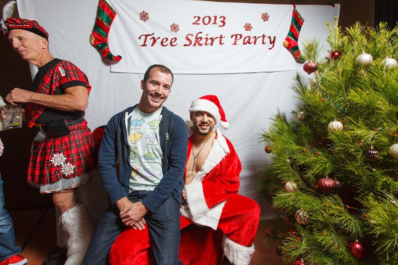 TreeSkirt2013-152.jpg