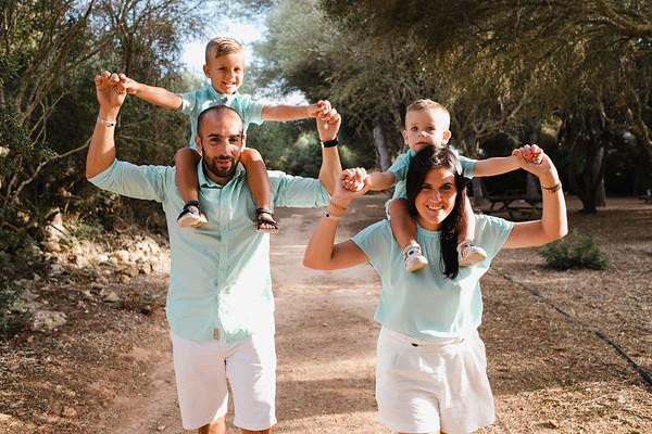 Lorena, Fran, Leo i Nil - família