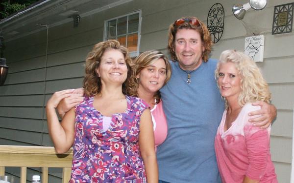 June '08: Nancy, Karen & Laura ( PRM)
