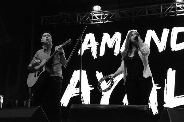 Amanda & Nick @ Tuckahoe music festival