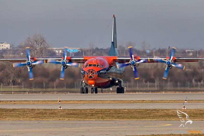 Cavok Air / Antonov An-12 / UR-CKM