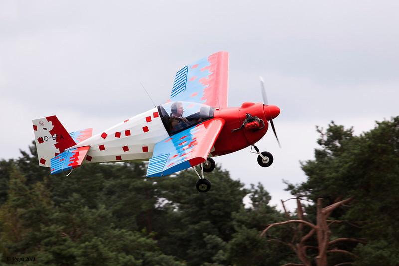Fly-in_13834a.jpg