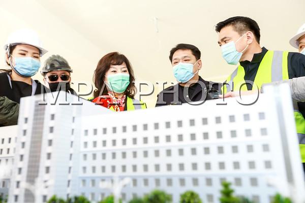 """""""Хан-Уул дүүрэгт баригдаж буй 300 ортой төрөх эмнэлгийн барилга угсралтын ажлын явцтай танилцлаа"""