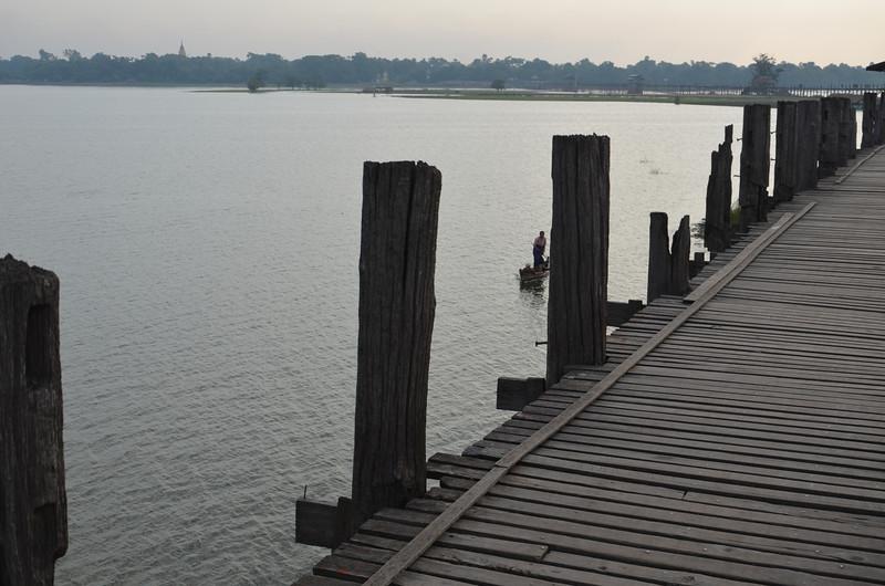 DSC_4985-bridge-posts.JPG