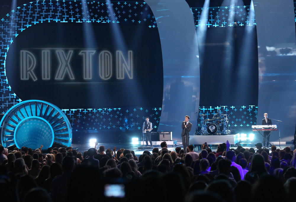 . Jake Roche, of the musical group Rixton, performs on stage at the Teen Choice Awards at the Shrine Auditorium on Sunday, Aug. 10, 2014, in Los Angeles. (Photo by Matt Sayles/Invision/AP)