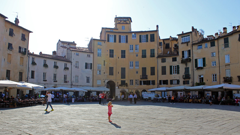 Italy-Lucca-57.JPG