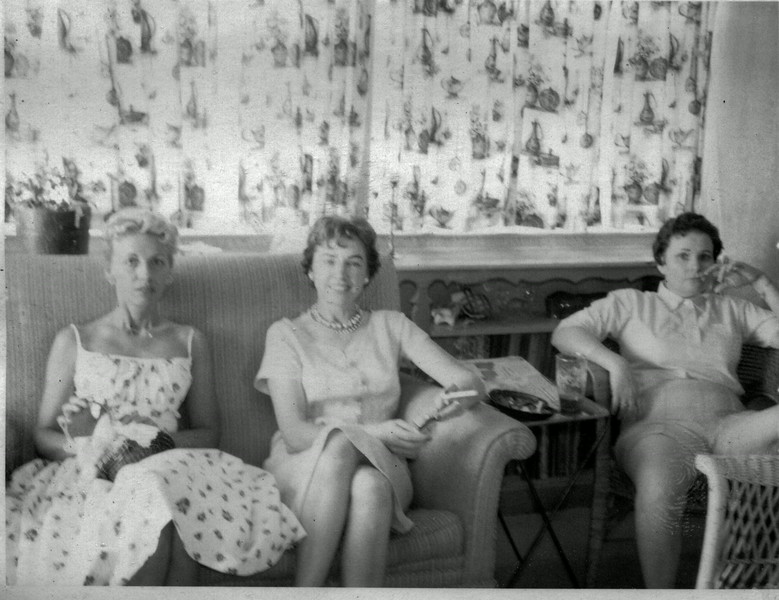 Friends of Evelyn Wasson Howell, not sure of their names.