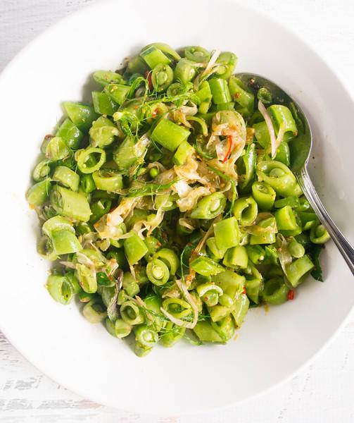 sugar snap peas recipe header.jpg
