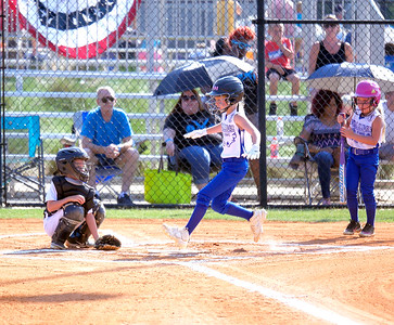 Dixie Softball SweeTees and Darlings action