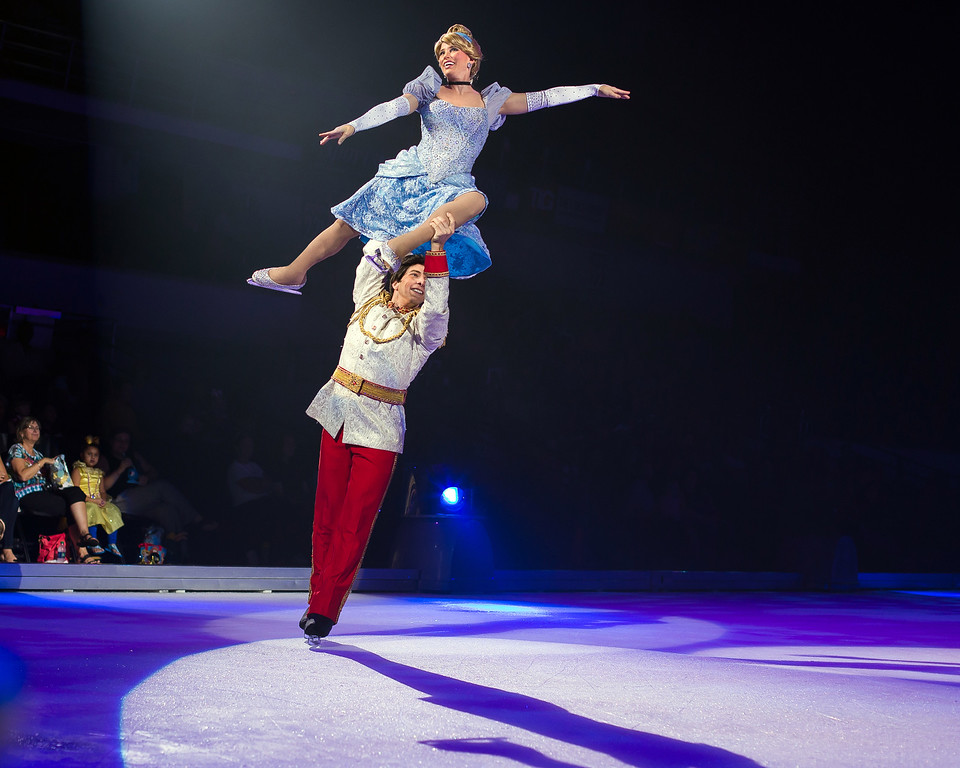 ". Cinderella and Prince Charming skate in Disney on Ice�s �Follow Your Heart.� The show is at Quicken Loans Arena from Jan. 6 through Jan. 15. For information, visit <a href=""http://www.theqarena.com/\"">theqarena.com</a>.  (Feld Media)"
