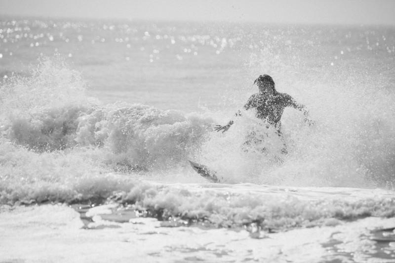Surf_BW_004.jpg
