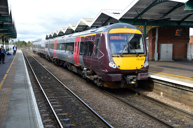 170639 Heads for Stanstead/Norwich.