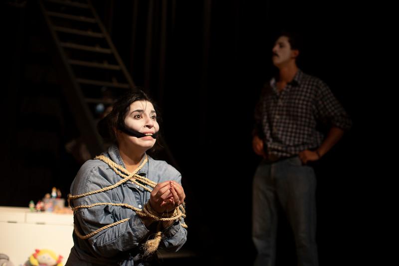 Allan Bravos - essenCIA Teatro - Persona 07-160.jpg