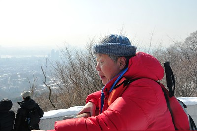 KOREA-Picture set 34 - Marc leads Ansan Hike in snow