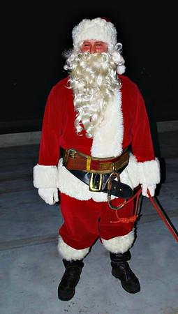 Santa Arrives in Salem