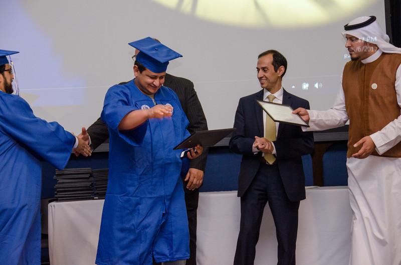GraduationPhotos_Etnier-25.jpg