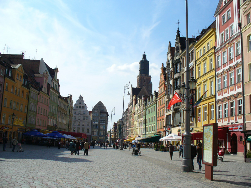 Yeah, that's Wroclaw, Poland.  Clean.  Colorful.  Wroclaw sounds crappy but it's not.