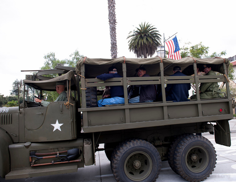 Vet Parade SB2011-039.jpg