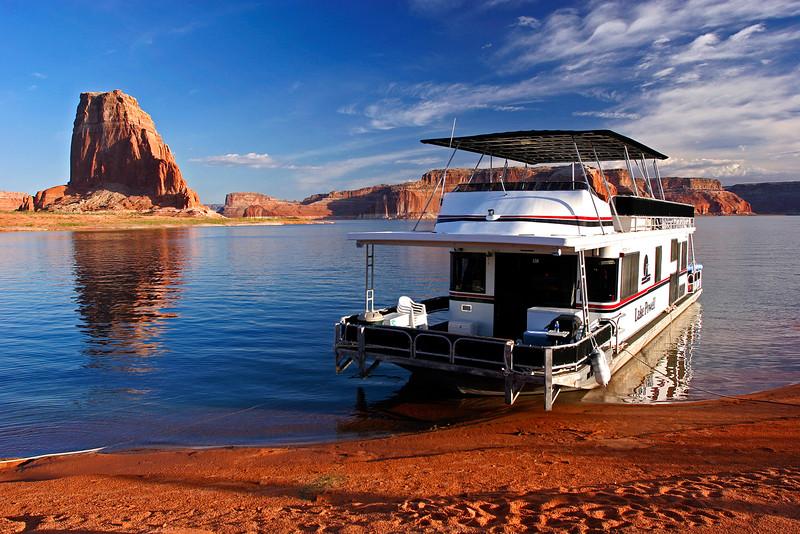 Lake Powell - Houseboat 02 - KCOT.jpg