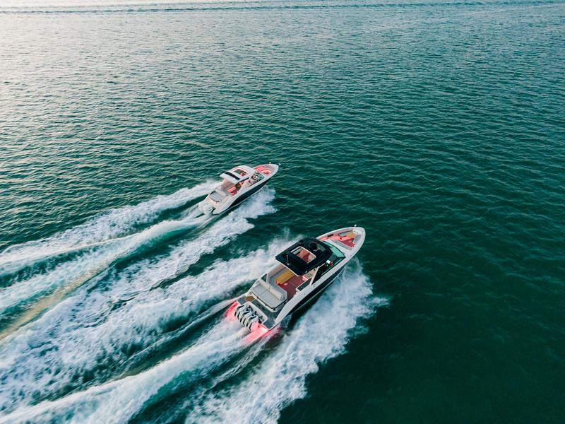 2021-SLX-R-400-e-Outboard-running-4.jpg