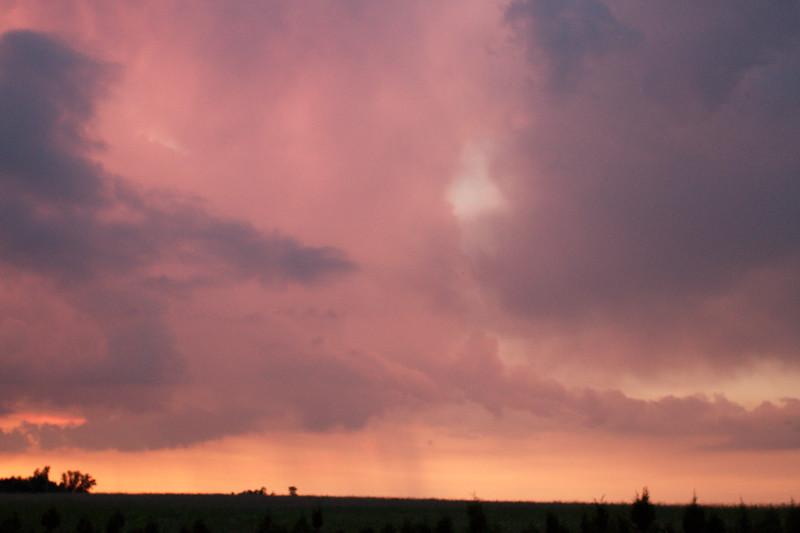 red-clouds-dawn_8777605963_o.jpg