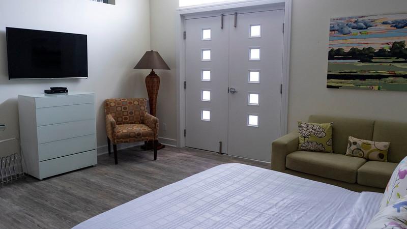 Retro-Suites-Hotel04.jpg