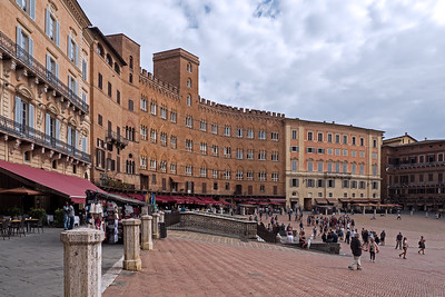 Italy - Tuscan Towns of Siena and Pisa