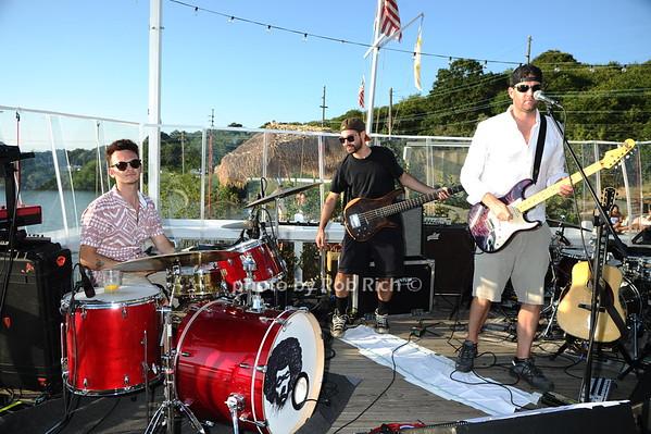 The Surf Lodge presents Rhett Z and Lewis Del Mar  in Montauk on 8-19-16.  all photos by Rob Rich/SocietyAllure.com © 2016 robwayne1@aol.com 516-676-3939