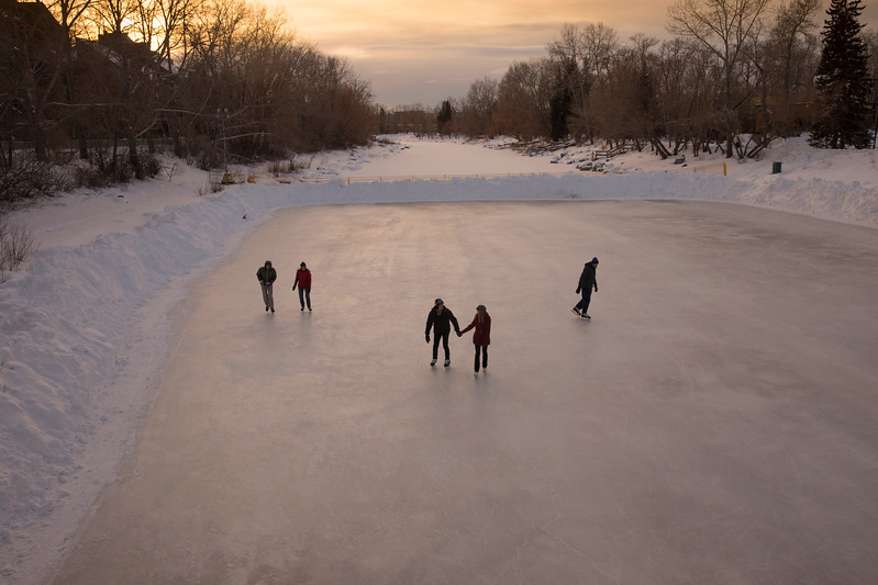 RiverCafe_Skating_ZHT1388.jpg