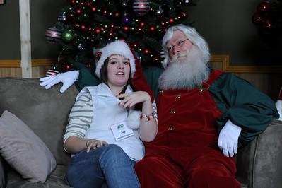 Santa Photos Wed 5:30 pm to 8:30pm