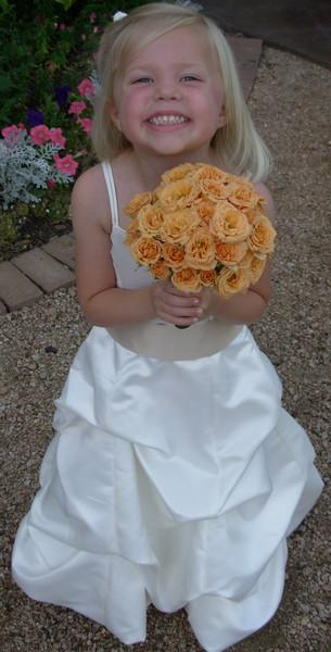 Flowergirl bouquet of macarena spray roses