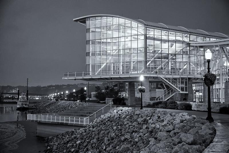 DA054,DB,Grand_Harbor_Convention_Center.jpg