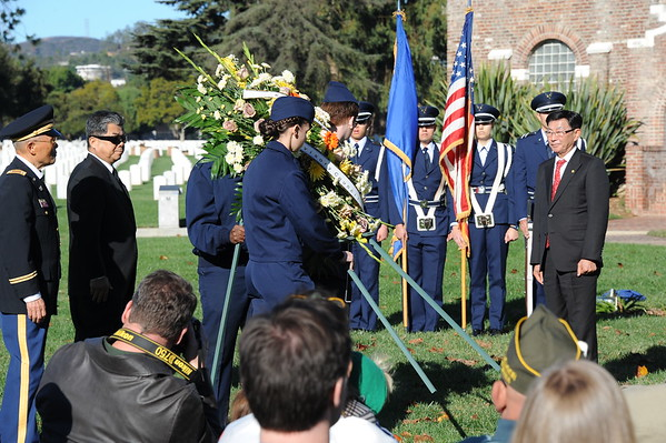 2014-12-13, Wreaths Across America, Los Angeles National Cemitary