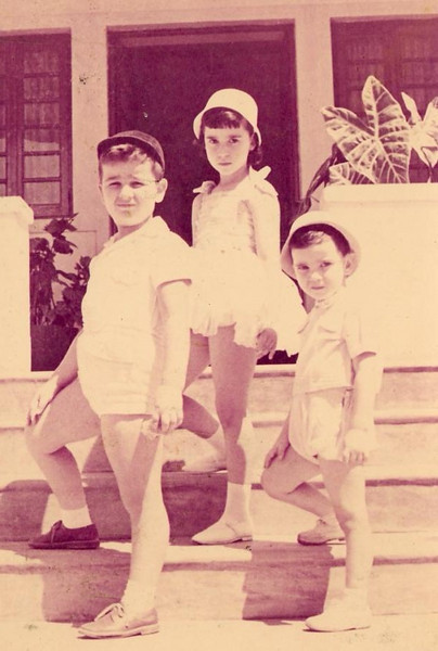 Manos Piedade: Carlos, Fernando e Maria João